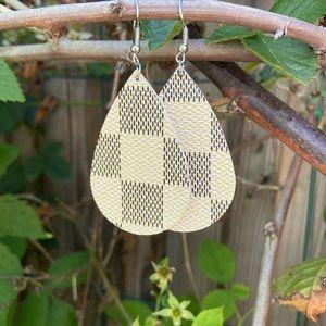 Jewelry - Ivory check vegan leather teardrop earrings NEW